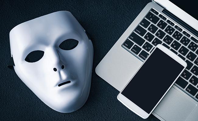 悪意ある嘘情報を書き込む匿名アカウントのイメージ